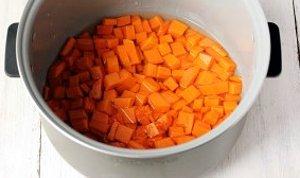Тыква нарезанная кубиками в мультиварке (фото)